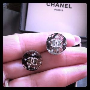 Chanel Lace n crystals earrings